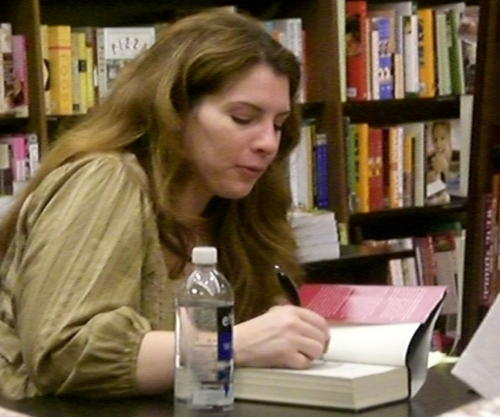 Stephenie Meyer at book signing