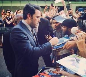Ben Affleck signing autographs