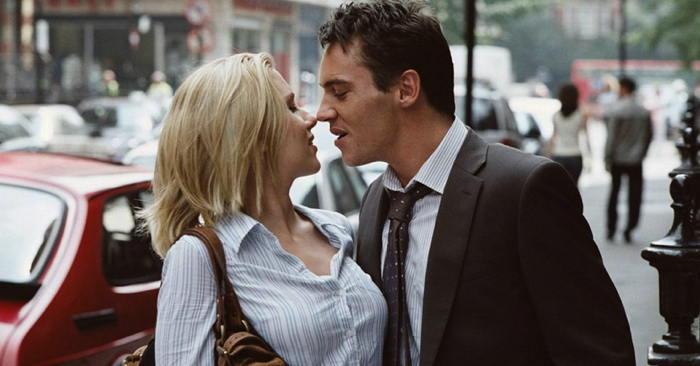 Scarlett Johansson, Jonathan Rhys-Meyers in Match Point