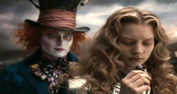 Johnny-Depp-Mia-Wasikowska